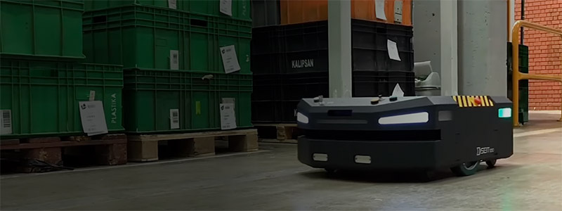 An autonomous mobile robot by Milvus Robotics